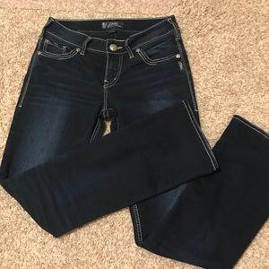 Women's Dark Jeans!